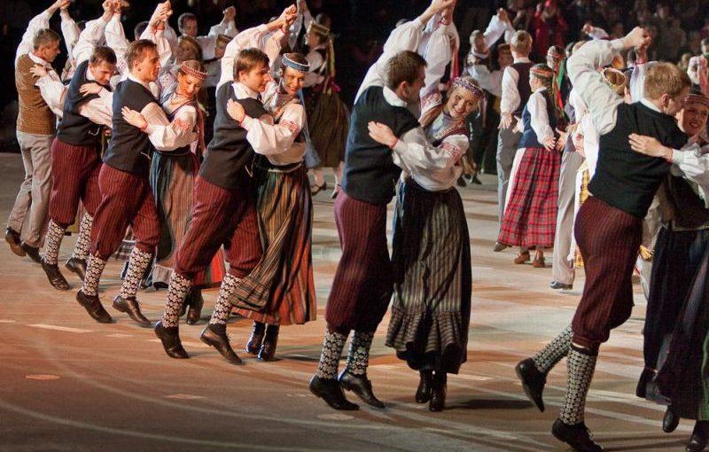 Paskutiniai štrichai su Kalinino srities šokiu
